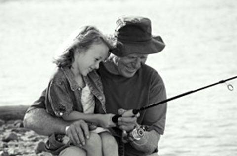 pesca-menina-avo