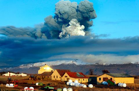 A incrível erupção do vulcão Eyjafjallajökull