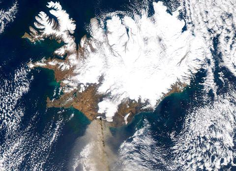 Eyjafjallajokull-visao-espacial