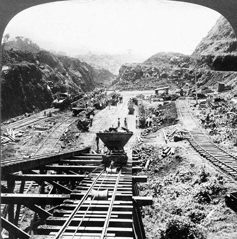 Trabalhos de construção na falha de Gaillard, 1907.