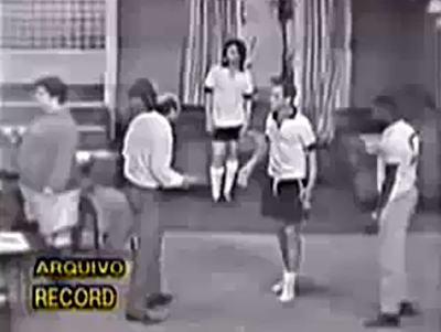 A Família Trapo contracenando com o Rei Pelé
