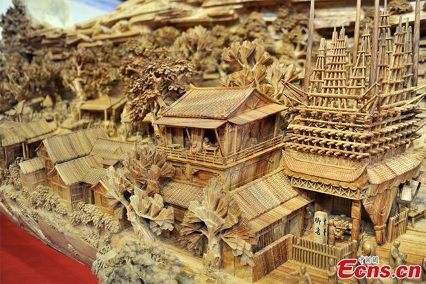 maior-escultura-em-madeira-do-mundo-2