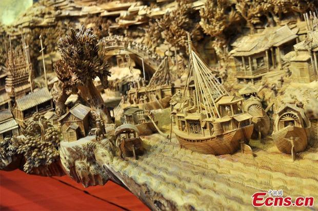 Maior escultura em madeira do mundo