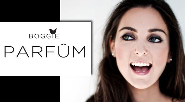 Vídeo incrível da húngara Boggie sobre maquiagem digital