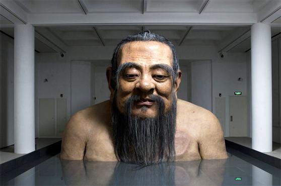 escultura-gigante-mestre-confucio