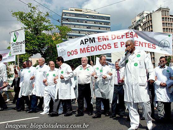 greve-dos-medicos-2014