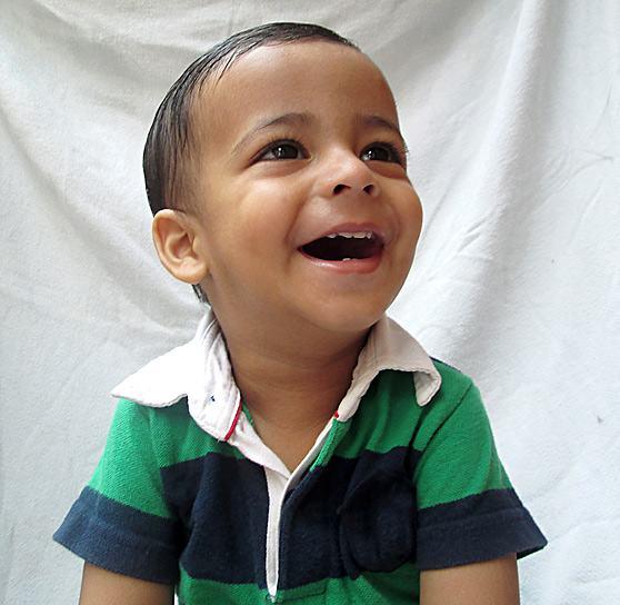 menino-feliz-sorrindo