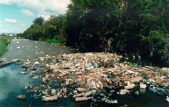 poluicao-dos-oceanos-rios