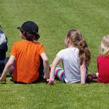 Hábitos errados podem causar problemas de coluna na infância