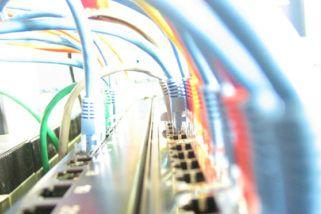 Qual a diferença entre sistemas de cloud: rede privada, rede pública e rede híbrida
