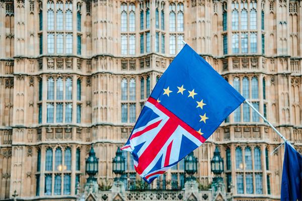 Britânicos terão que pagar taxa para entrar na União Europeia após Brexit
