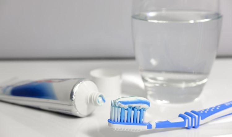 9 problemas de saúde que a má higiene bucal pode causar