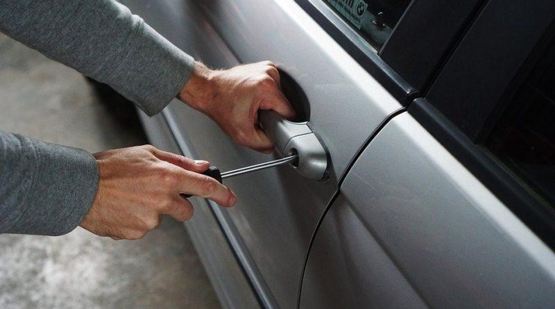 Formas de evitar que seu carro seja roubado